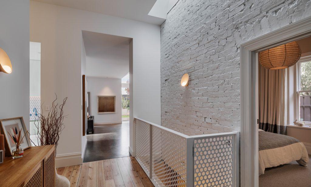 contemporary extension KWR hallway